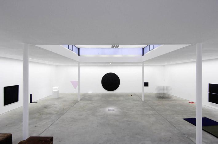 Political minimal berlin z rodeux revue d 39 art for Minimal art kunst