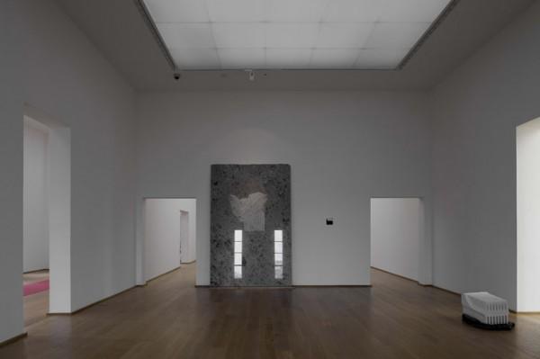 vue de l'exposition au MAMbo, Bologne, photo Matteo Monti