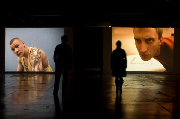 Vue de l'exposition à l'Espace Croisé, Roubaix, 2009. Courtesy Galerie Michel Rein.