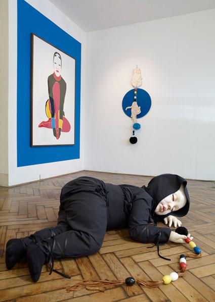 vue de l'exposition Simone, galerie Loevenbruk, septembre 2009