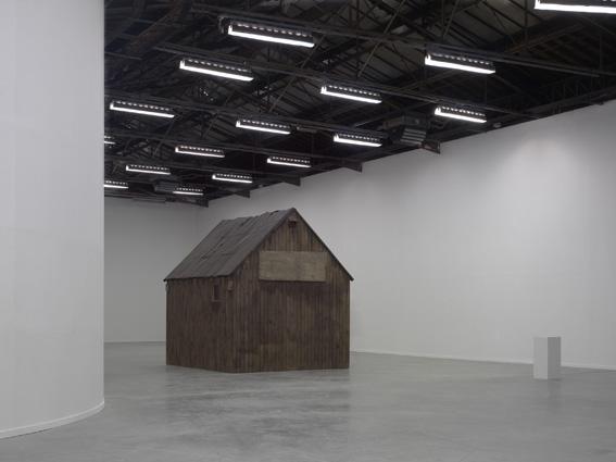 Robert Kusmirowski, Uncabine, 2008, Palais de Tokyo