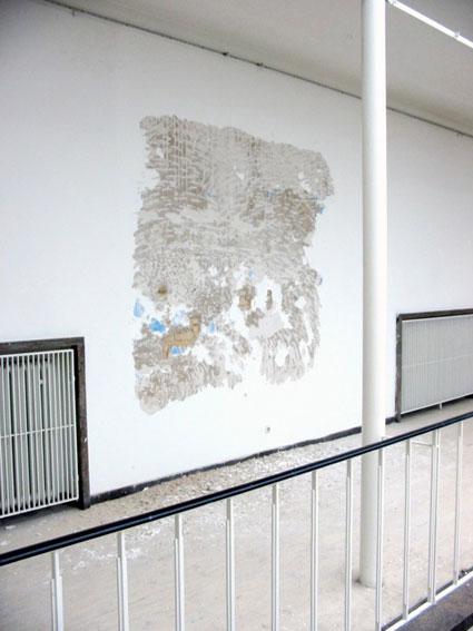 Untitled, 2004 Vue d'exposition, Staatliche Akademie der Bildenden Künste Karlsruhe Courtesy de l'artiste et RaebervonStenglin, Zurich