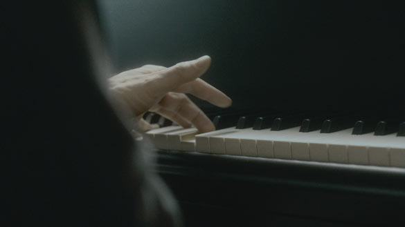 Anri Sala - Ravel Ravel, 2013.