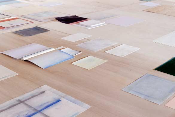 Mélanie Blaison, Sans titre, 2013. Bois, divers papiers, techniques mixtes - Courtesy de l'artiste © Photo: Aurélien Mole