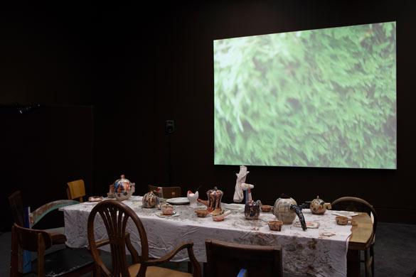 Laure Prouvost. Vue de l'installation / Installation view of Wantee in Schwitters in Britian, 2013. Tate Britain, Londres. Courtesy Laure Prouvost ; MOT International.