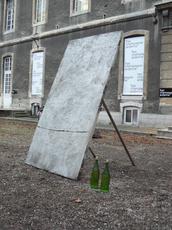 Nicola Martini Untitled, 2011. Don de l'artiste au / Offered by the artist to the Frac Champagne-Ardenne en / in 2012.