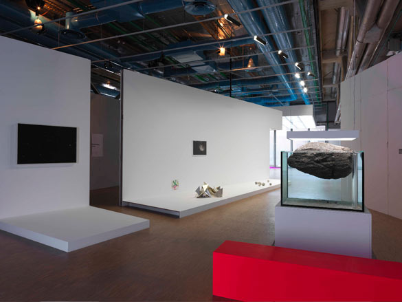 Vue de l'exposition Pierre Huyghe au Centre Pompidou, Paris, du 25 septembre 2013 au 6 janvier 2014