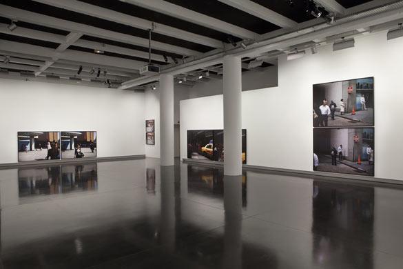 vue de l'exposition Paul Graham, Le Bal, 2012.