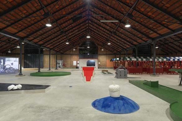 Vue de l'exposition L'aire de jeu à la Halle de la Courrouze © Aurélien Mole, pour PLAY TIME, 2014