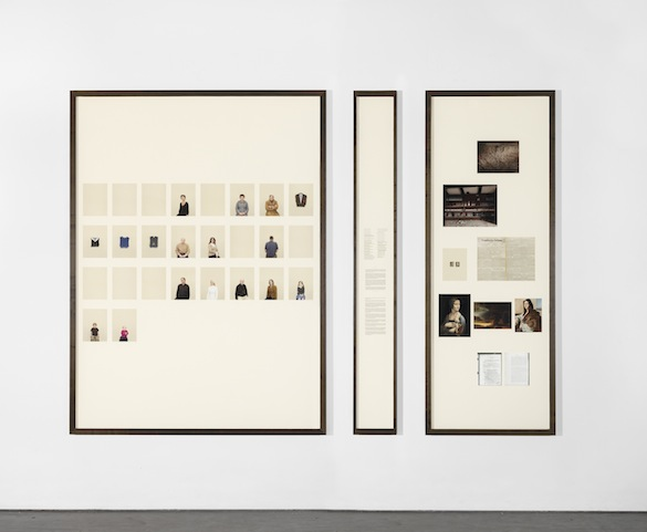 Taryn Simon, Chapitre XI A Living Man Declared Dead and Other Chapters I–XVIII, 2011. Tirages jet d'encre, en trois parties 213,36 × 301,63 cm l'ensemble (avec cadre) Courtesy Taryn Simon © 2014 Taryn Simon