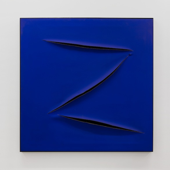 Maurizio Cattelan, Untitled (Zorro), 1999. Acrylique sur toile, 110 x 110 cm. Courtesy Maurizio Cattelan; Galerie Perrotin.