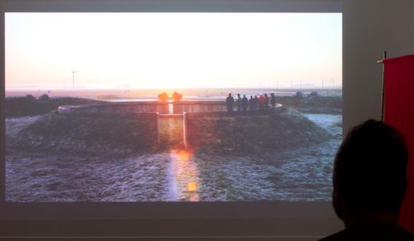 Louidgi Beltrame, Nosotros también somos extraterrestres, 2014. Vue de l'exposition au Frac Basse-Normandie.