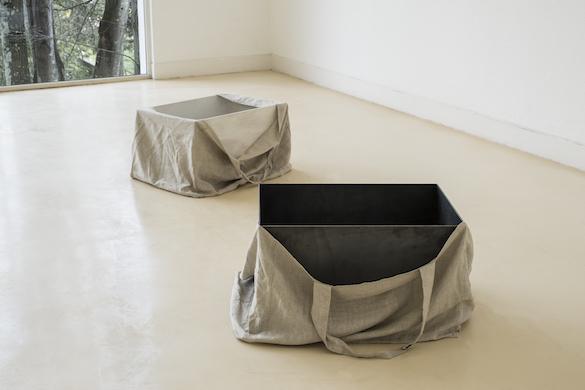 """Vue de l'exposition / Exhibition view: """"Tesouros submersos do antigo Egipto"""", Pavilhao Branco, Museum de Lisboa, Lisbonne."""