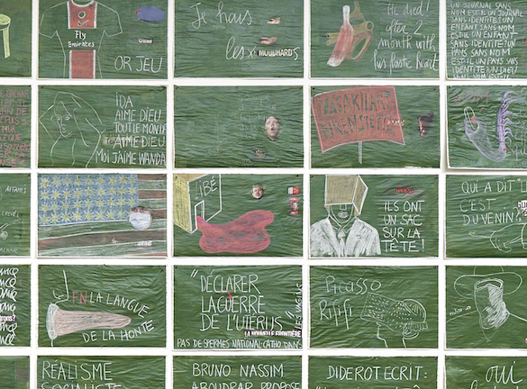 """Sylvie Blocher, Libération, 2013-2014 détail, série de dessins sur les """"unes"""" du journal Libération Peinture ardoise et craie sur papier, 42 × 58 cm chacun Courtesy de l'artiste Photographie Marc DOMAGE - © CRAC LR - octobre 2015"""