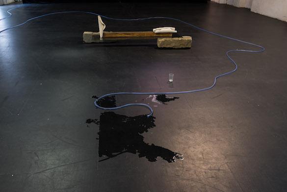 Katinka Bock, Zarba Lonsa, (Liegende et Lecture), 2015 . Courtesy Meyer Riegger, Berlin-Karlsruhe ; Jocelyn Wolff, Paris.