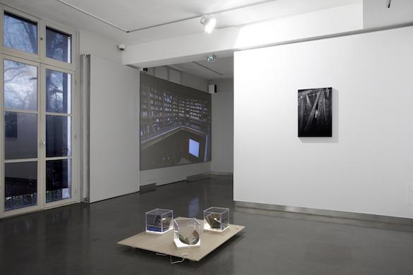 """Vue de l'exposition""""Sur le motif"""", Maison d'Art Bernard Anthonioz, Nogent-sur-Marne. © Isabelle Giovacchini / ADAGP."""