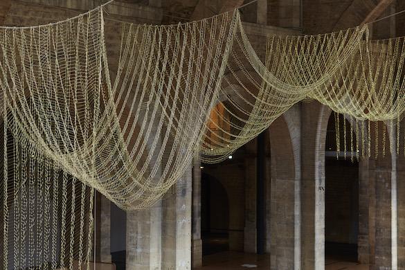 Leonor Antunes, anni # 18 (detail), 2015. Vue de l'exposition / view of the exhibition «the pliable plane», CAPC Musée d'Art Contemporain de Bordeaux. Photo : Nick Ash