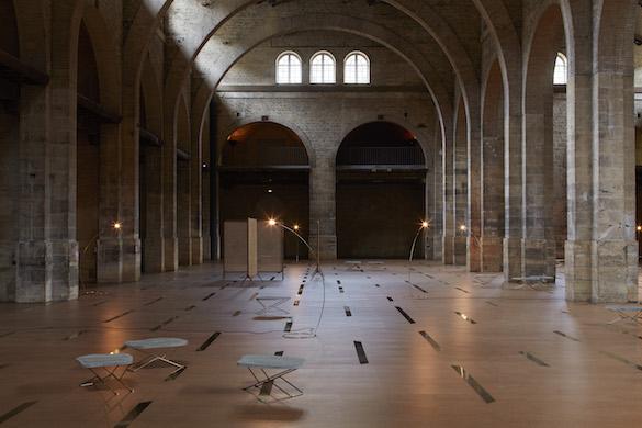Leonor Antunes, vue de l'exposition / view of the exhibition «the pliable plane», CAPC Musée d'Art Contemporain de Bordeaux. Photo : Nick Ash