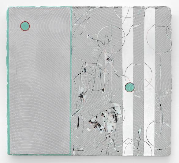 Nicolas Roggy, Sans titre, 2014. Gesso, pâte à modeler, pigment, sérigraphie sur PVC, 80 × 89 cm. Photo: André Morin ; courtesy Triple V, Paris.