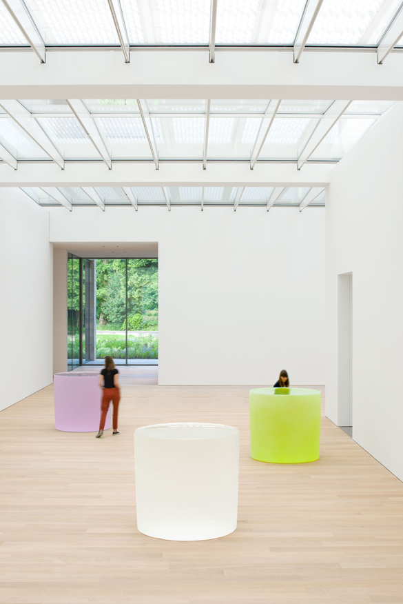 MuseumVoorlinden-RoniHorn-untitled-AntoineVanKaam-light